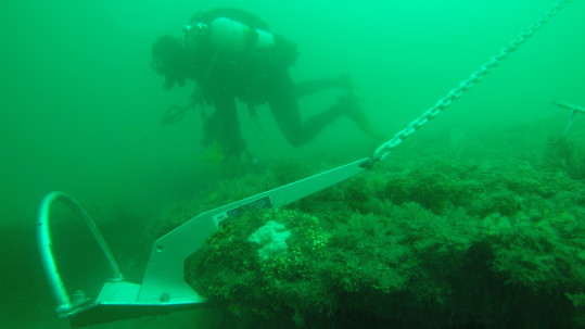Hooked up on the wreck with a Mantus Anchor